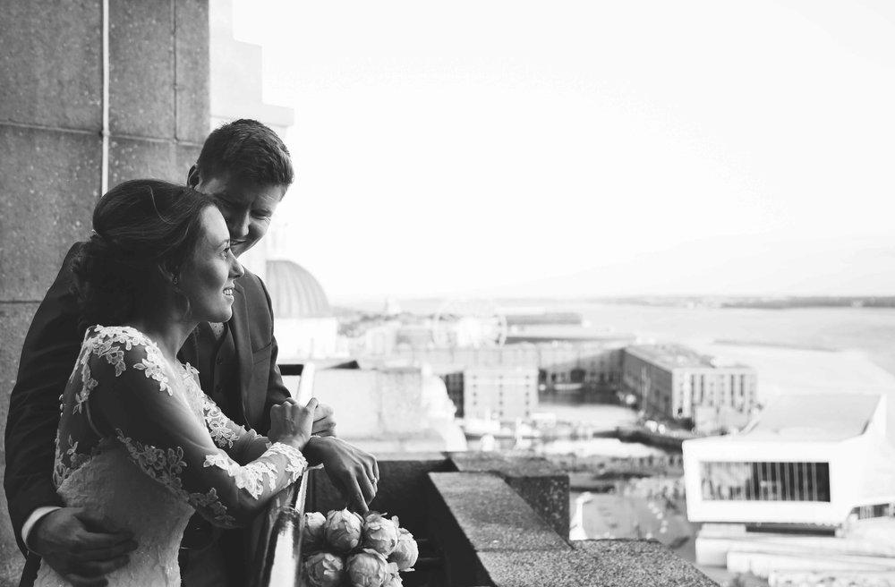 Wedding photos liver building (1 of 1)-4.jpg