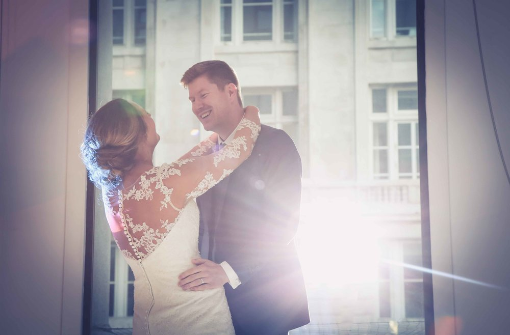 Wedding photos at the liver building (1 of 1)-55.jpg