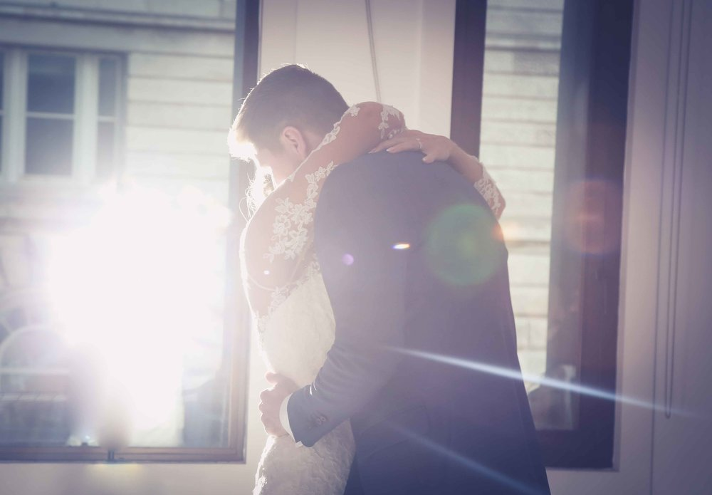 Wedding photos at the liver building (1 of 1)-59.jpg