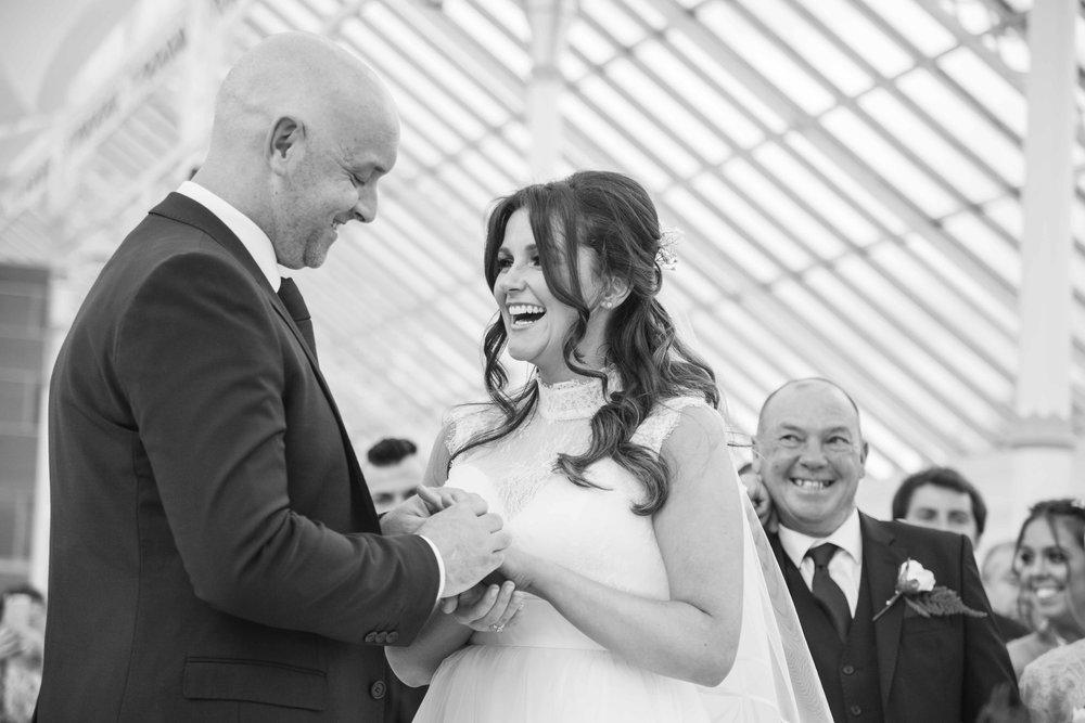 Liverpool Wedding Photographer (1 of 1)-30.jpg