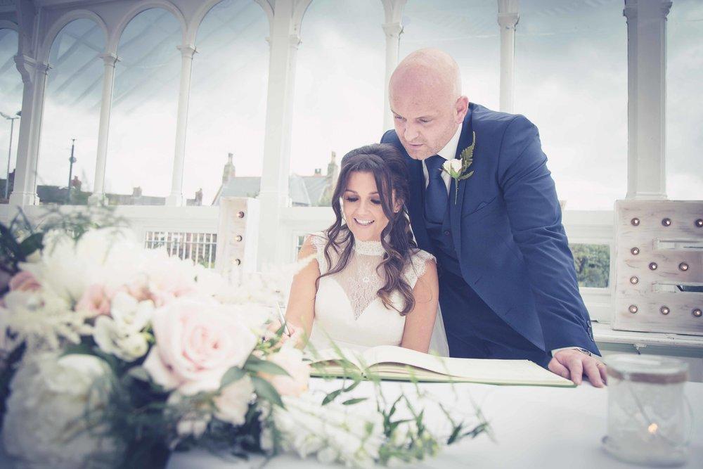 Liverpool Wedding Photographer (1 of 1)-34.jpg