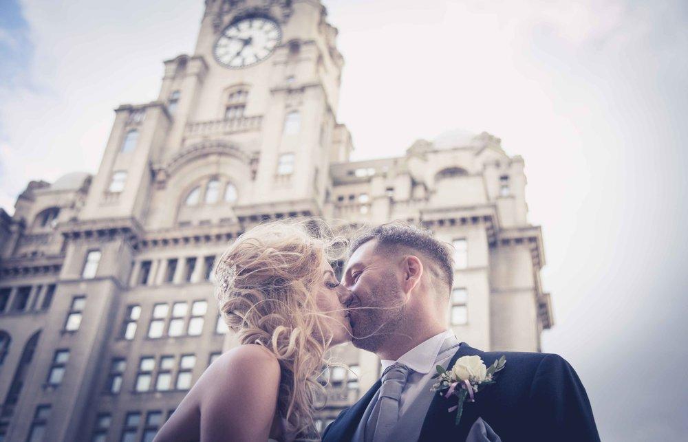 Rauquet_Club_Wedding_photography_Liverpool_heatherelizabethphotography (142 of 164).jpg