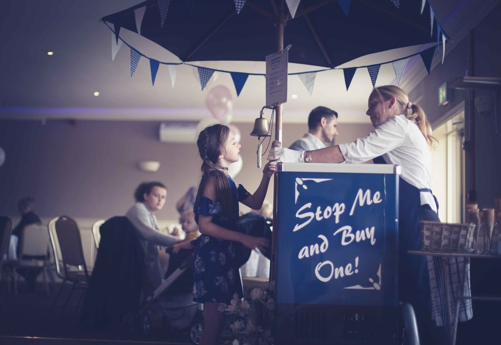 Runcorn-Town-Hall-Cheshire-Wedding-photographer-Heather-Elizabeth (72 of 89).jpg