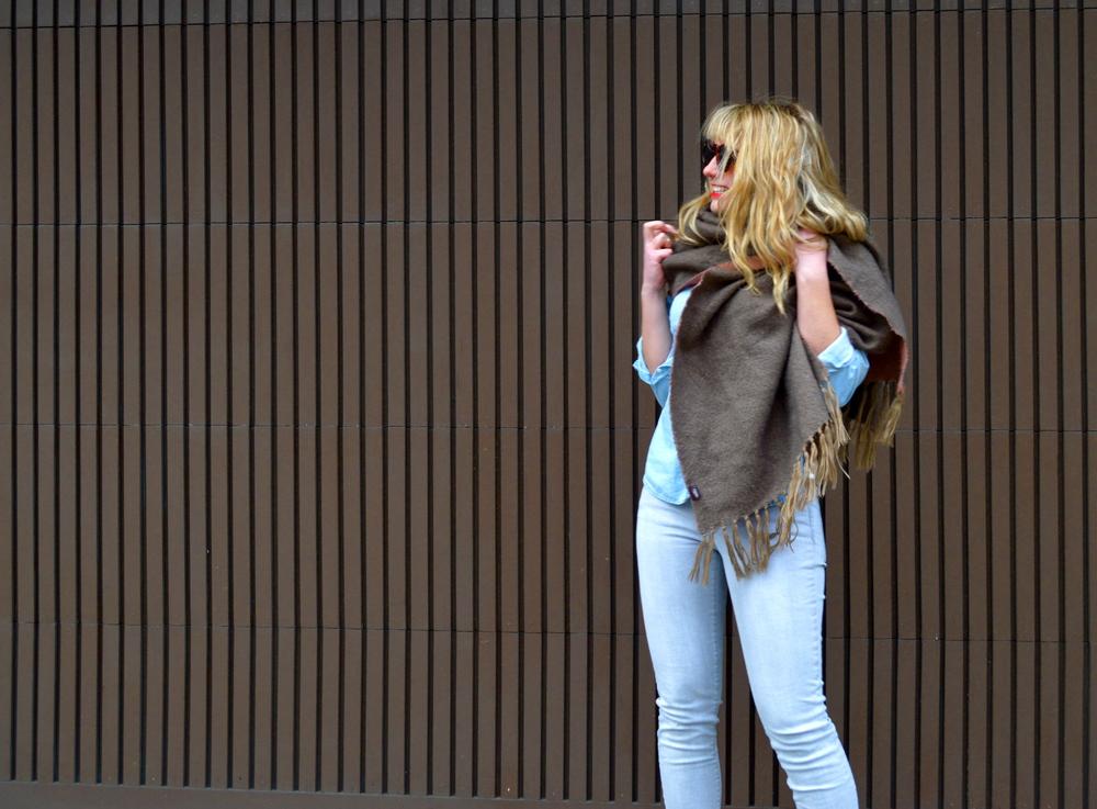 idastreet_blanketscarf_4.jpg