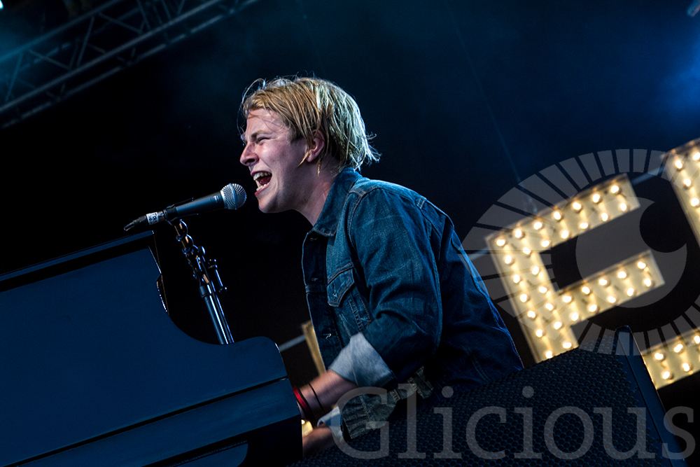 Tom Odell Wickerman 2015 Gliciousfoto.jpg