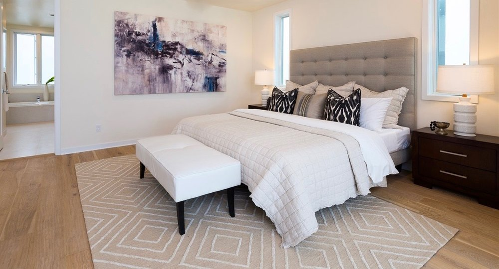 Grawski modern bedroom