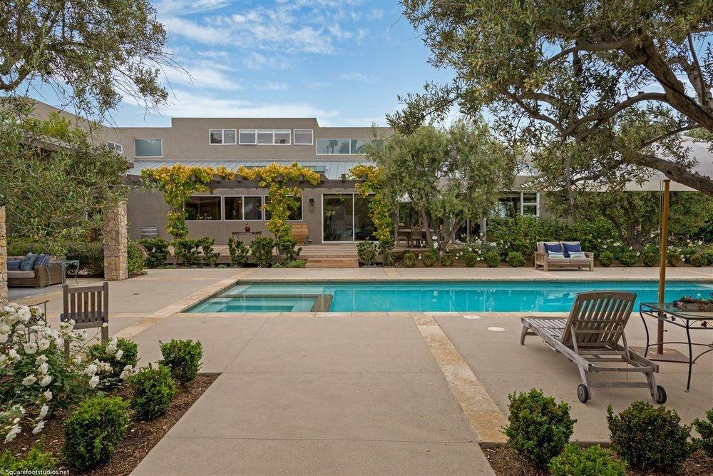 Grawski private pool
