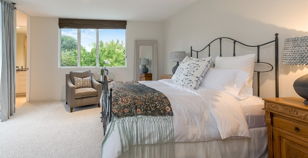 Grawski guest bedroom