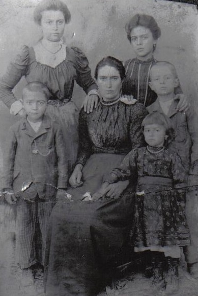 Rich's great-grandfather, Biagio Camperlino, with his mother and siblings.