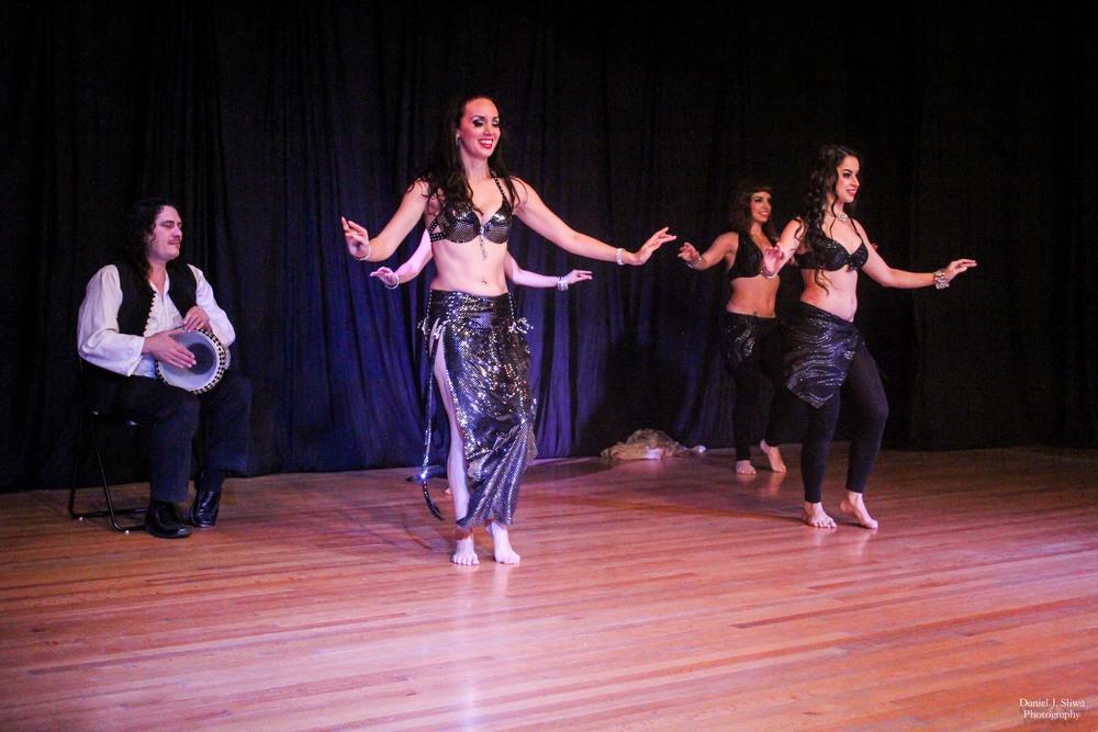 Live drum solo with Donavon & dancers Aubre, Shanna, Ninyshka & Shaunti Fera
