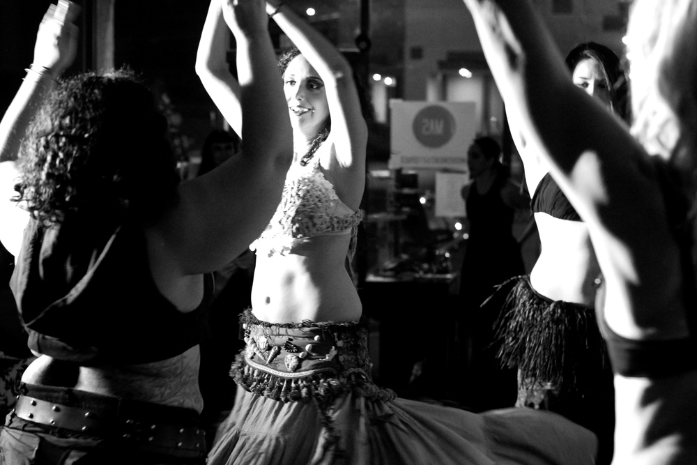 Los Angeles Bellydance Improv Academy (LABIA). Photo by Aubre Hill.