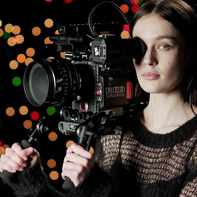The multi talented Alexandra helping us choose our panchro classic lenses ... #cookelook #panchro #redweapon #redweapon8k #Cookelens #cookelenses #CookePanchroClassic  #cameradept #cinematography #CookePanchro #focuspuller #lensporn #arripca