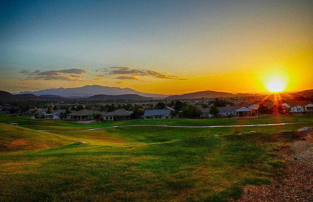 Sunrise over SunRiver,Carl Berger