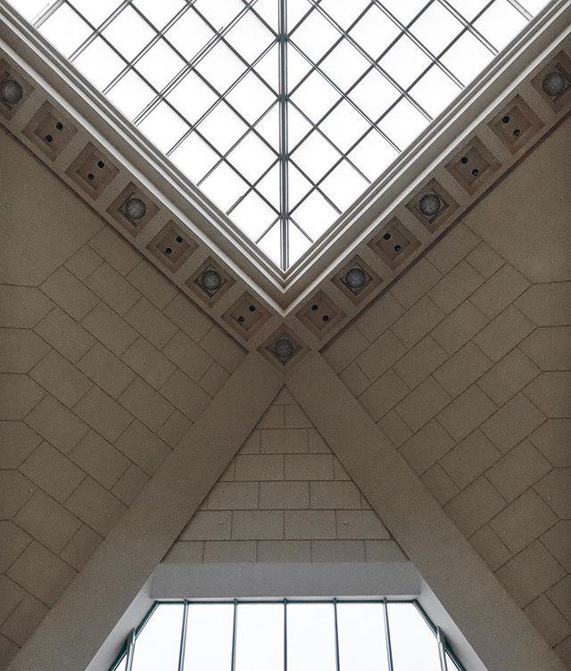 #lookup #symmetry #trainstation #minimal #geometric #njt