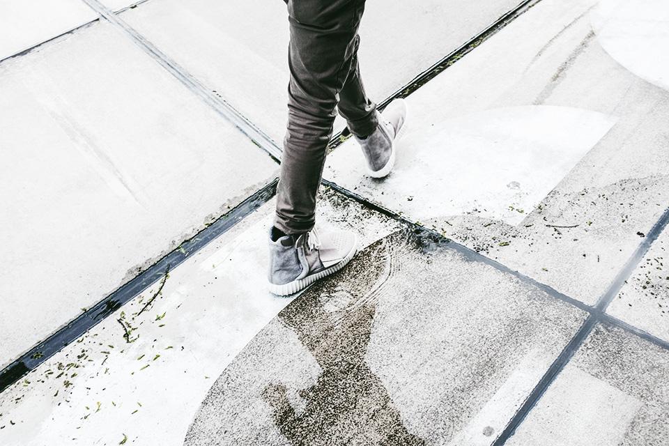 guyvillain-adidas-yeezy-boost-9.jpg