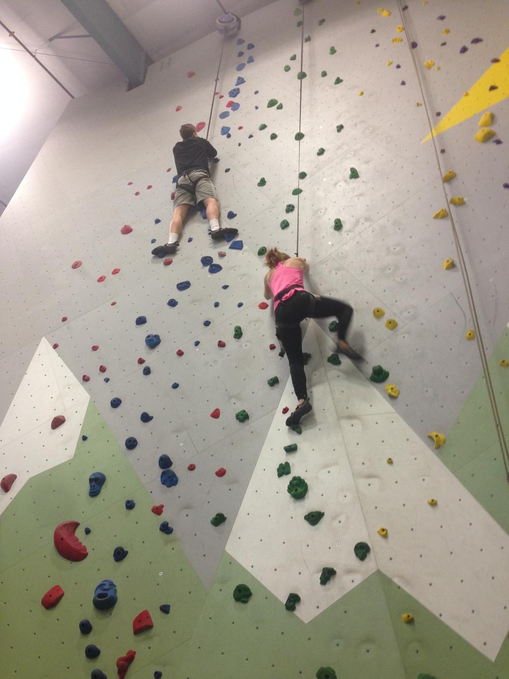 bend-rock-gym-beginnger-climbing.jpeg