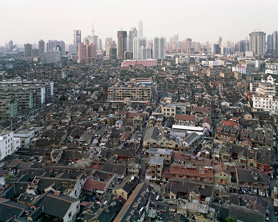 Edward Burtynsky,  Old City Overview, Shanghai