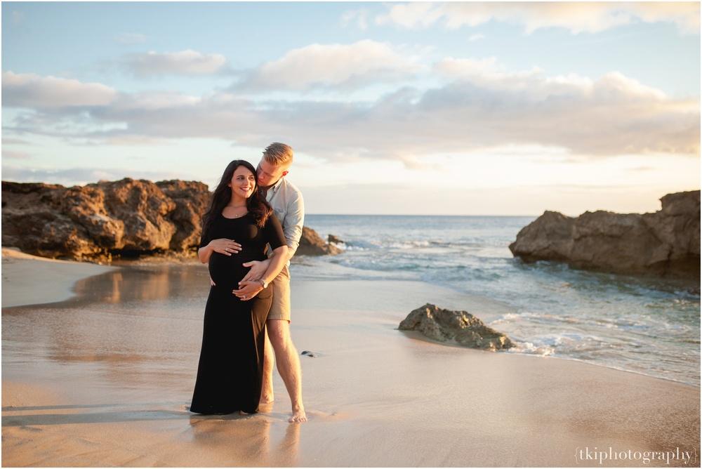Ben-Cass-Beach-Maternity.jpg