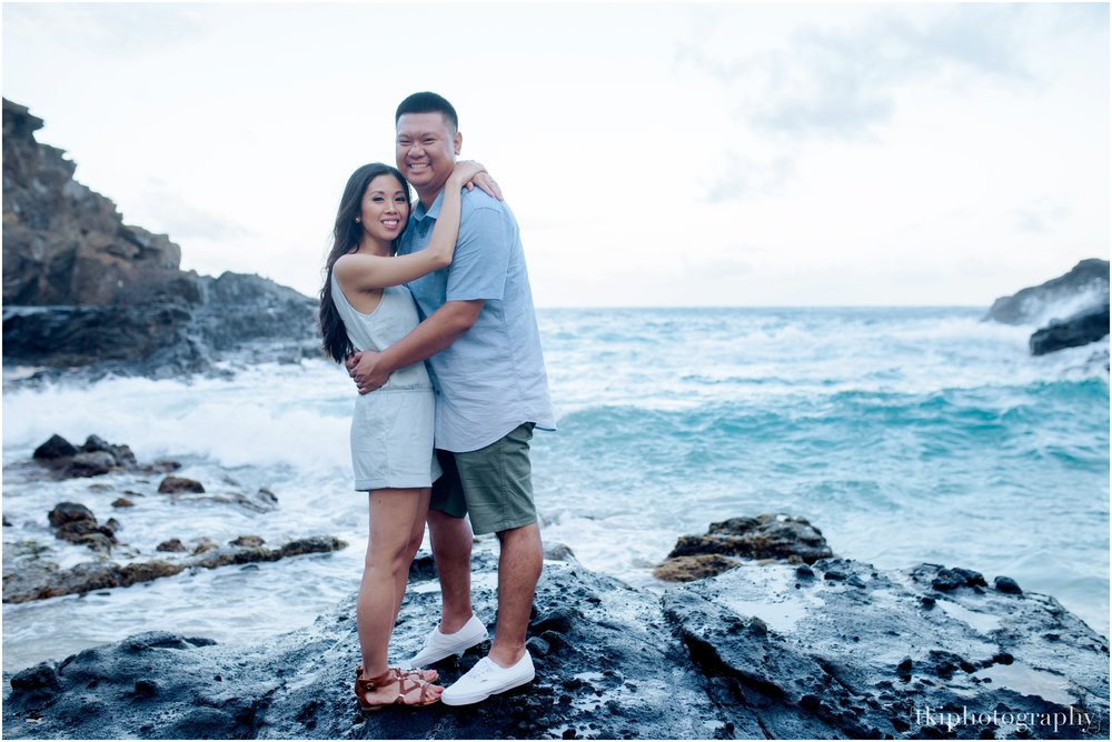 Hawaii-Beach-Engagement.jpg