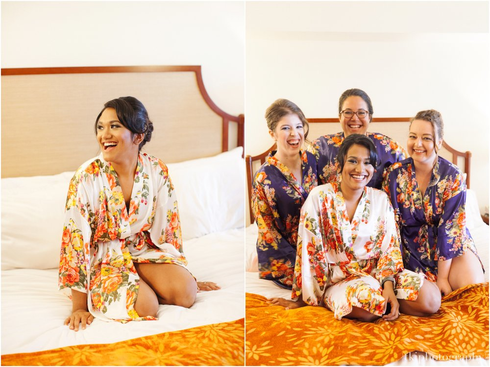 I met Shaumiya and the ladies in their room at the Marriott Beachcomber, and was surprised to see how dressed and ready they all were! <3