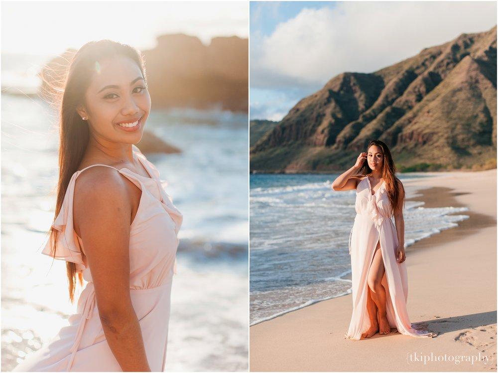 Beach-Engagement-Hawaii-Romantic-_0021.jpg