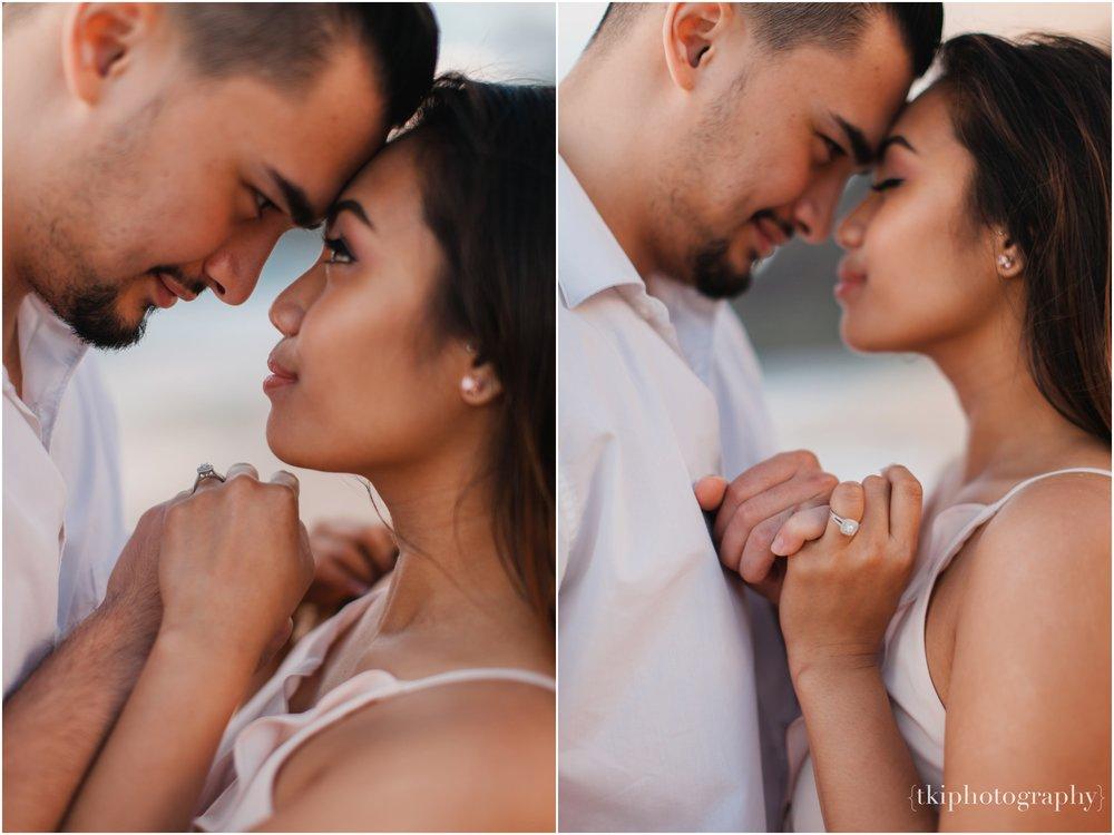 Beach-Engagement-Hawaii-Romantic-_0024.jpg