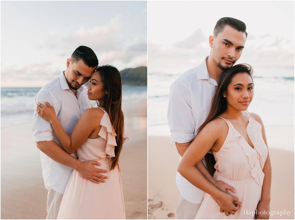 Beach-Engagement-Hawaii-Romantic-_0029.jpg