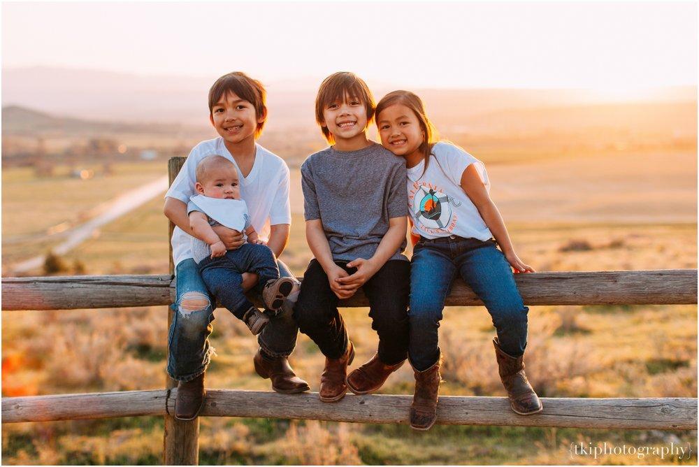 Montana-Portraits-Ranch-Sunset_0004.jpg