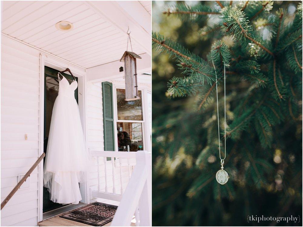 Vermont-Destination-Wedding_0005.jpg
