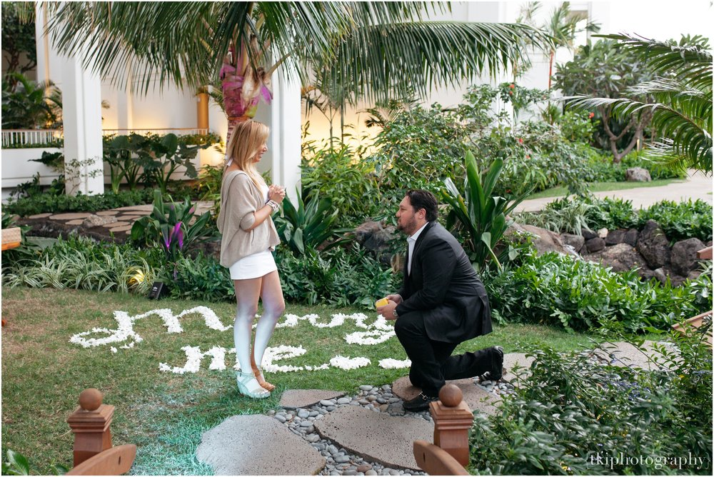 Proposal-Hawaii-Surprise-Oahu-Photo_0009.jpg