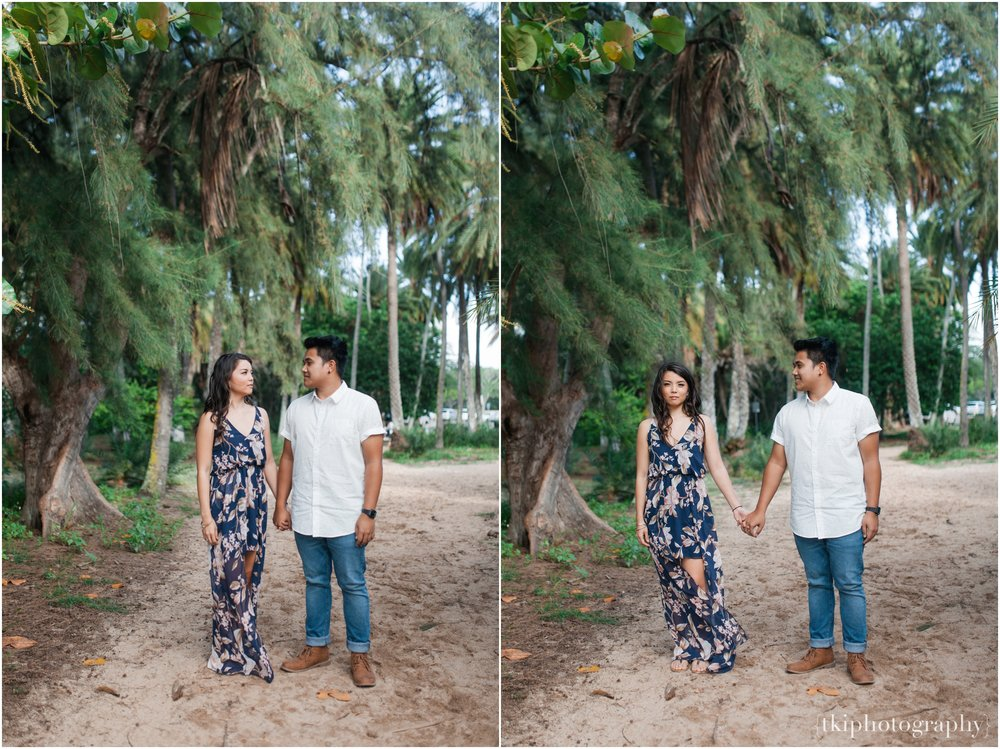 Romantic-Engagement-Session-Hawaii-North-Shore_0004.jpg