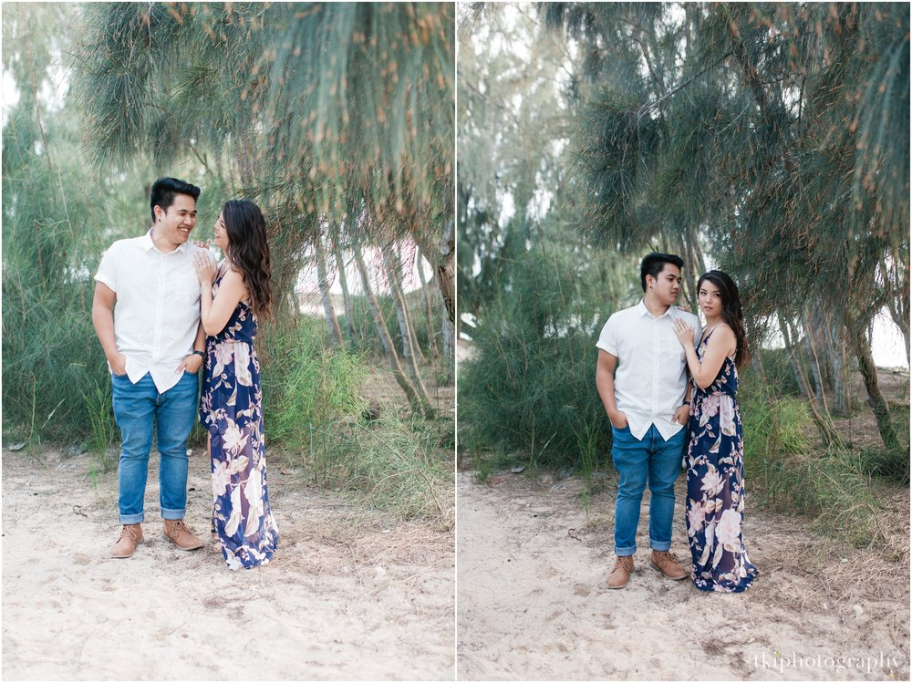 Romantic-Engagement-Session-Hawaii-North-Shore_0011.jpg