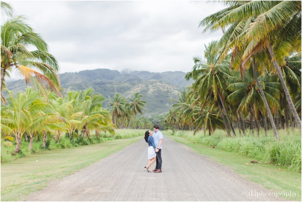 Romantic-Wedding-Oahu-Hawaii-Lanikai_0051.jpg