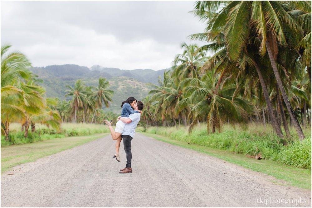 Romantic-Wedding-Oahu-Hawaii-Lanikai_0055.jpg