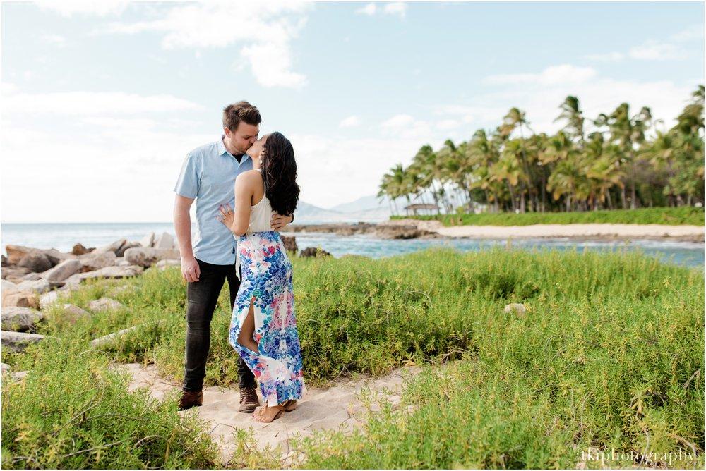 Romantic-Wedding-Oahu-Hawaii-Lanikai_0068.jpg