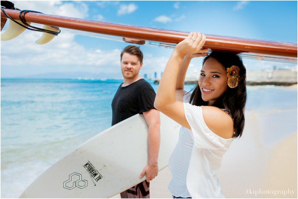 Romantic-Engagement-Oahu-Hawaii_0087.jpg