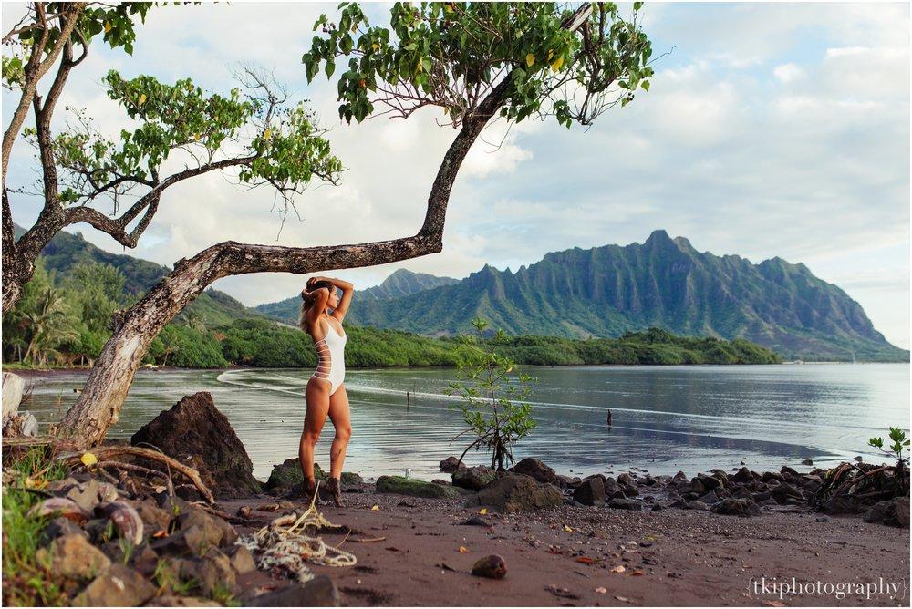 Romantic-Engagement-Oahu-Hawaii_0100.jpg