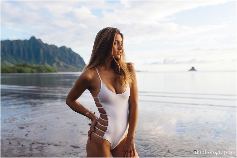 Romantic-Engagement-Oahu-Hawaii_0104.jpg