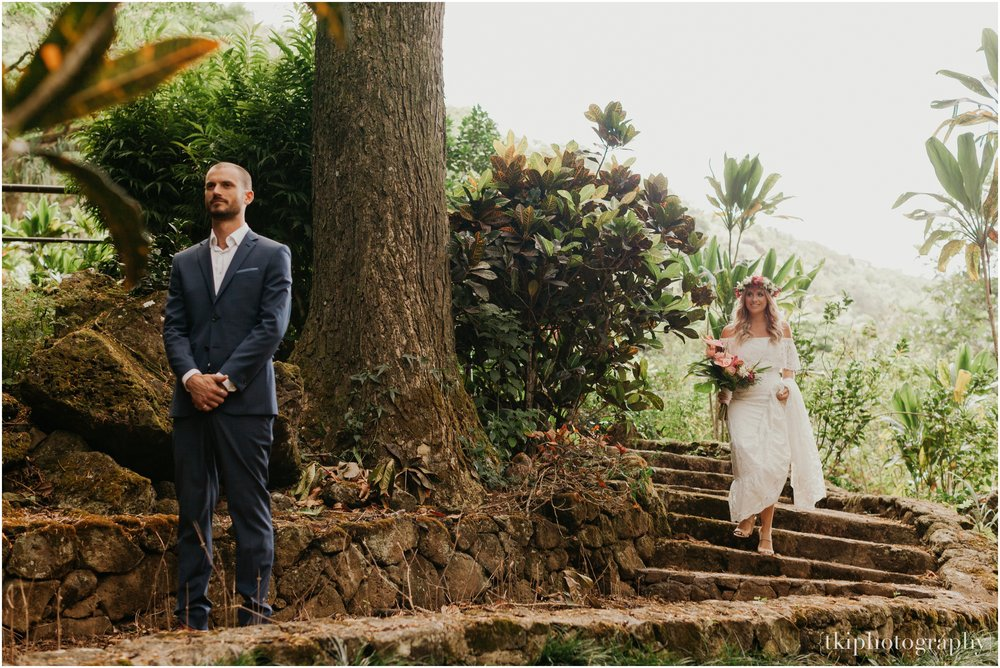 Destination-Wedding-Maui-White-Orchid-Wedding_0081.jpg