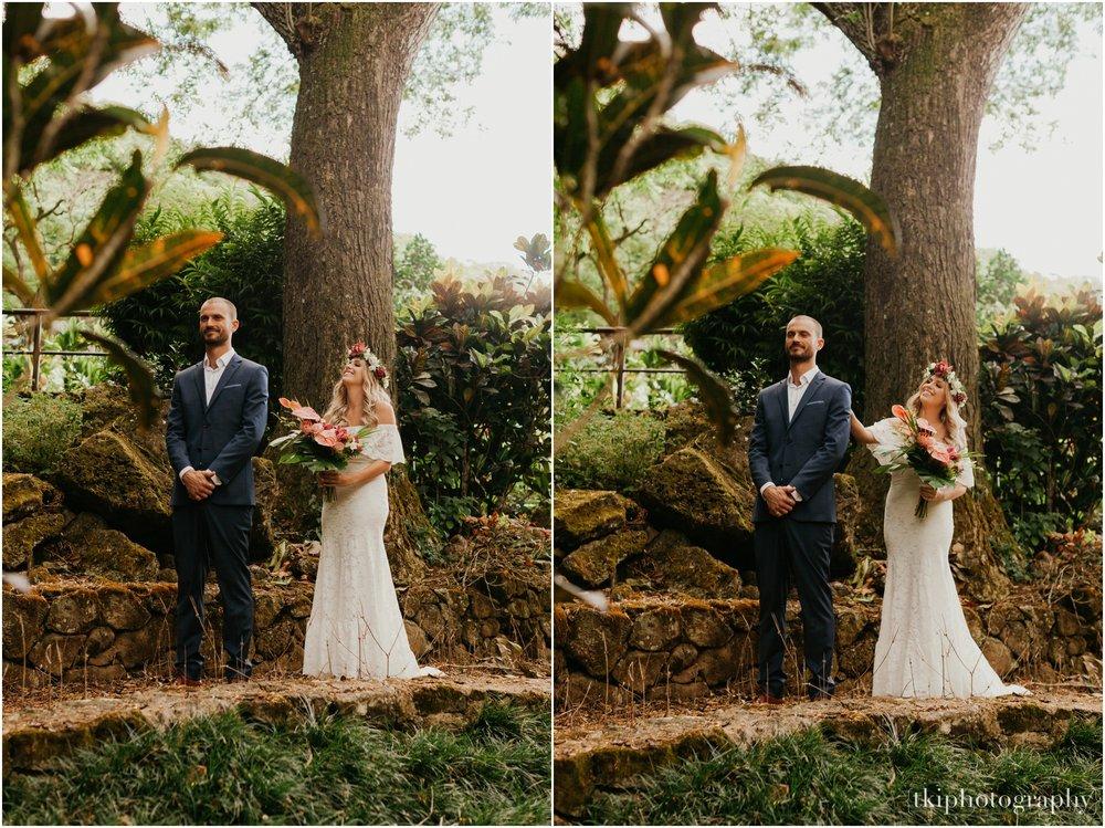 Destination-Wedding-Oahu-Waimea-Valley_0001.jpg