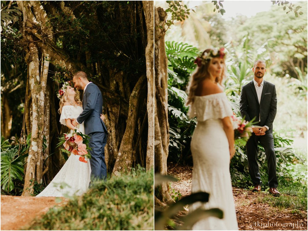 Destination-Wedding-Oahu-Waimea-Valley_0012.jpg