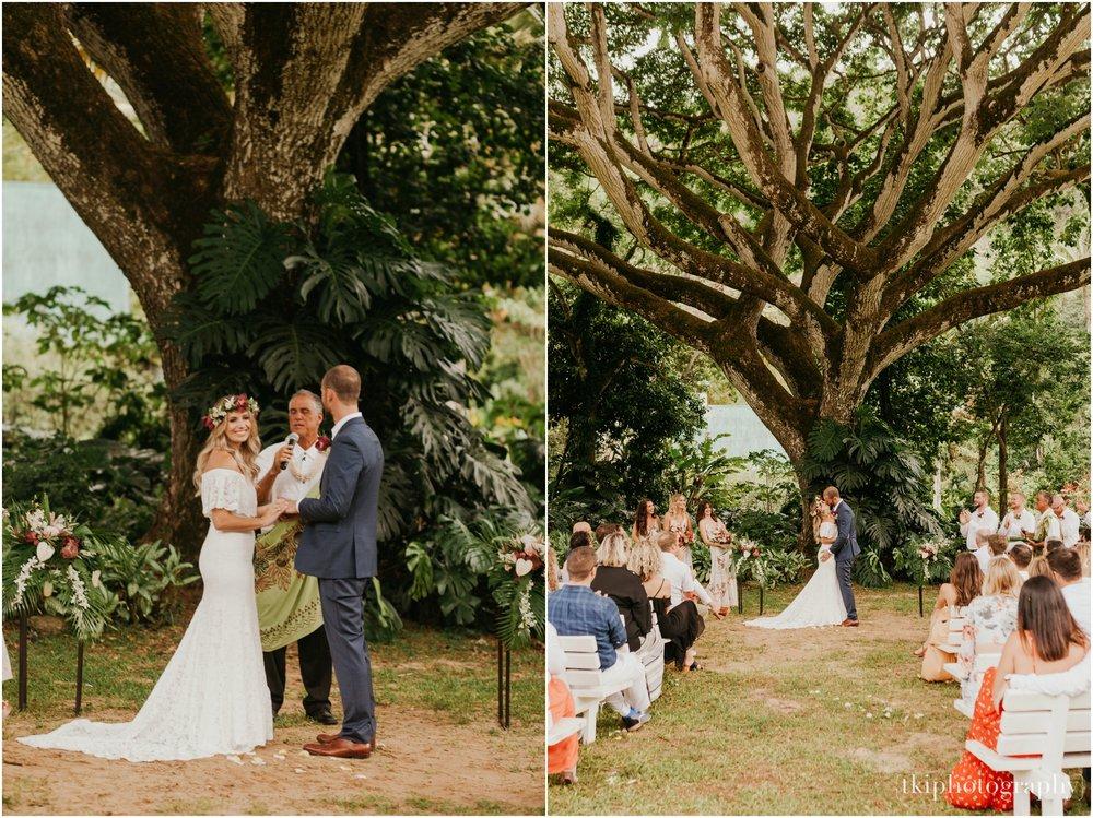 Destination-Wedding-Oahu-Waimea-Valley_0033.jpg