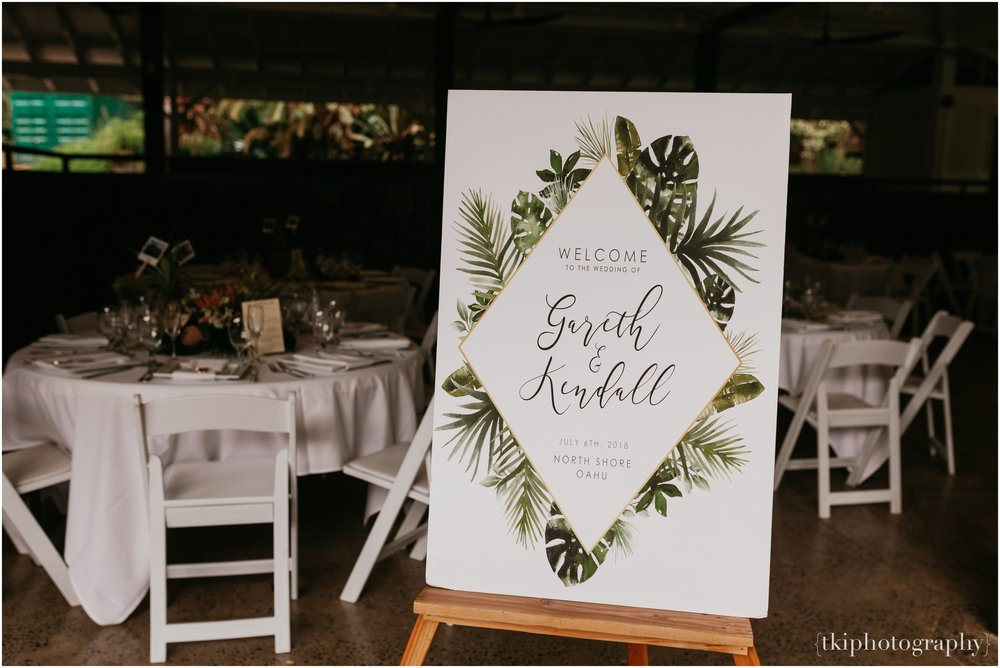Destination-Wedding-Oahu-Waimea-Valley_0038.jpg