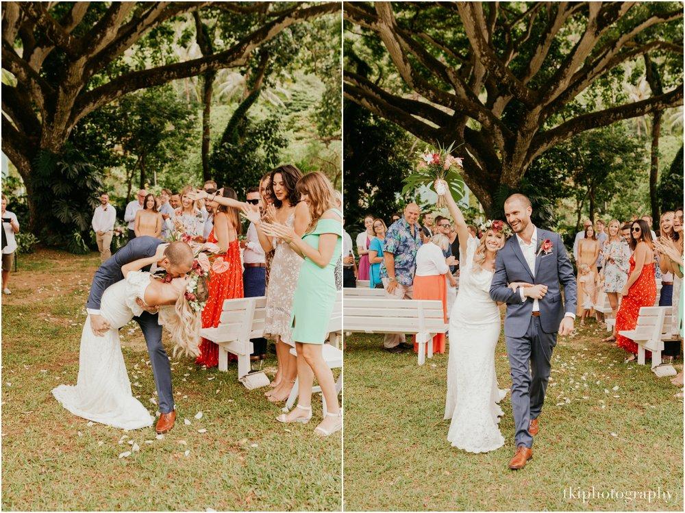 Destination-Wedding-Oahu-Waimea-Valley_0037.jpg