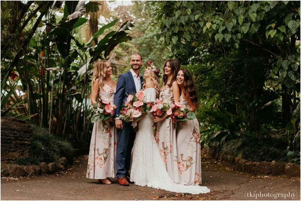 Destination-Wedding-Oahu-Waimea-Valley_0043.jpg