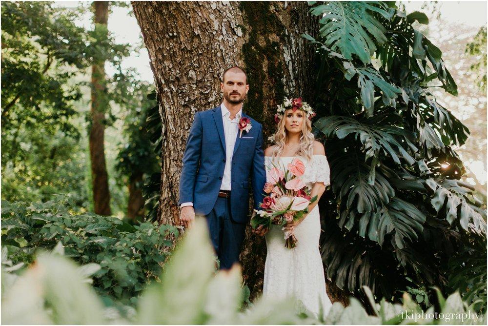 Destination-Wedding-Oahu-Waimea-Valley_0059.jpg