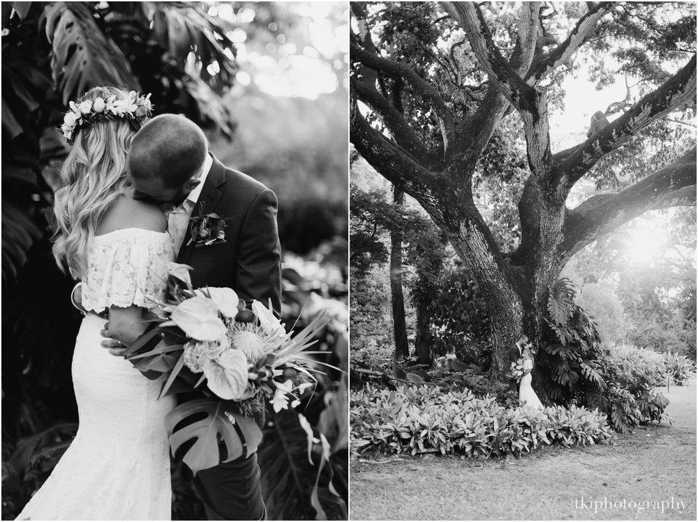 Destination-Wedding-Oahu-Waimea-Valley_0061.jpg