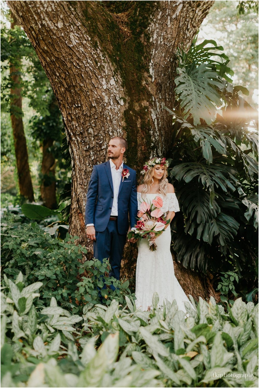 Destination-Wedding-Oahu-Waimea-Valley_0060.jpg