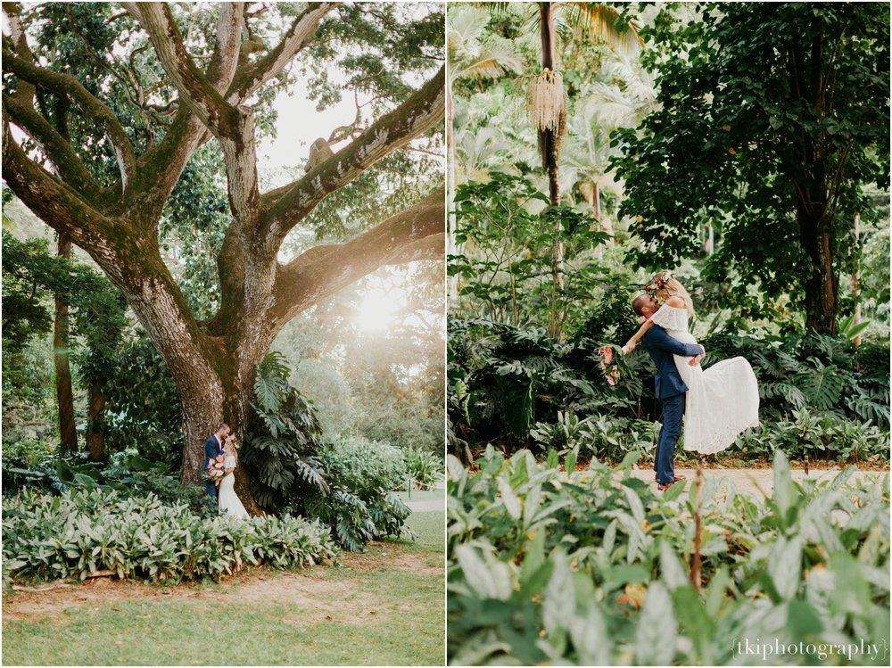 Destination-Wedding-Oahu-Waimea-Valley_0065.jpg