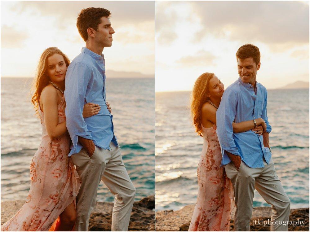 Couples-Session-Hawaii-Sunset-on-the-Beach_0031.jpg